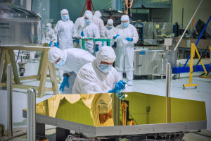 nasa_cleanroom