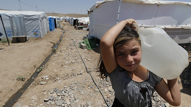 girl effect refugee